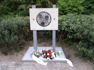 monument-radiozendamateurs-4_w860_h550